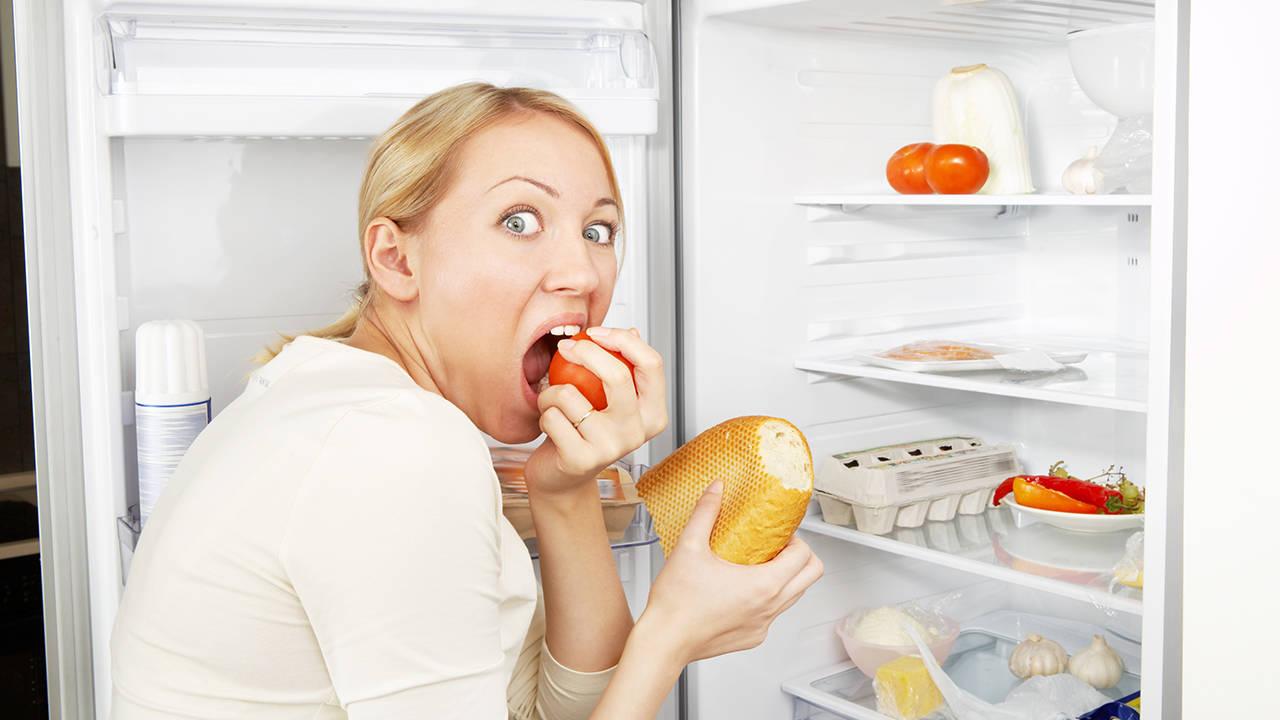 Компульсивное переедание: как бороться и причины появления