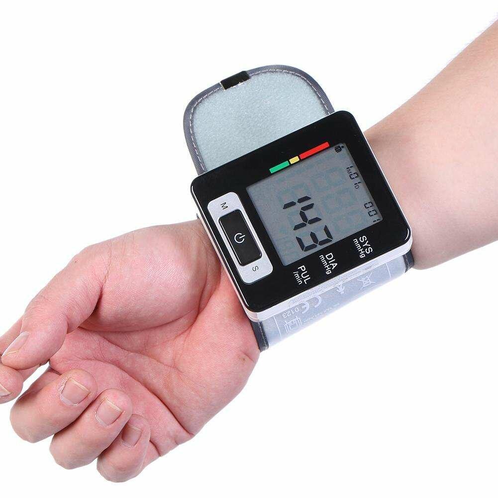 Выбираем фитнес-браслет для измерения давления