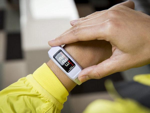 Браслет для измерения давления и пульса