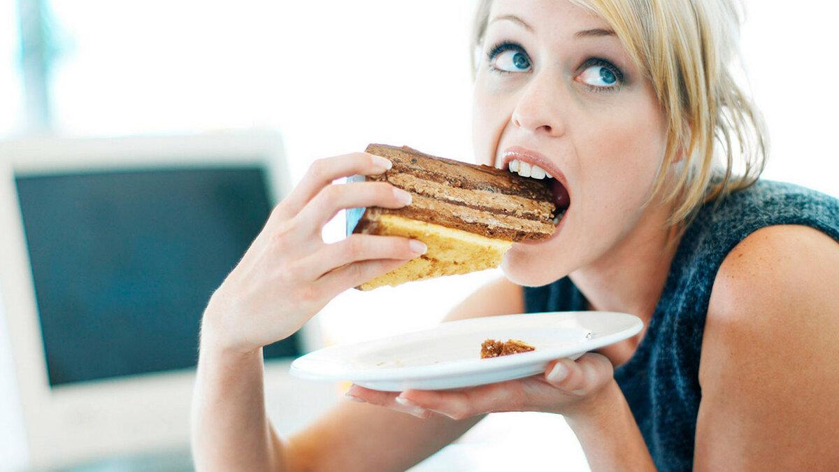 Как побороть тягу к сладкому: 6 советов от диетологов