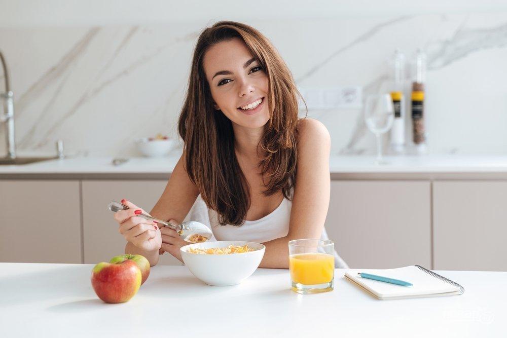 Почему нужно завтракать по утрам   что нужно кушать на завтрак