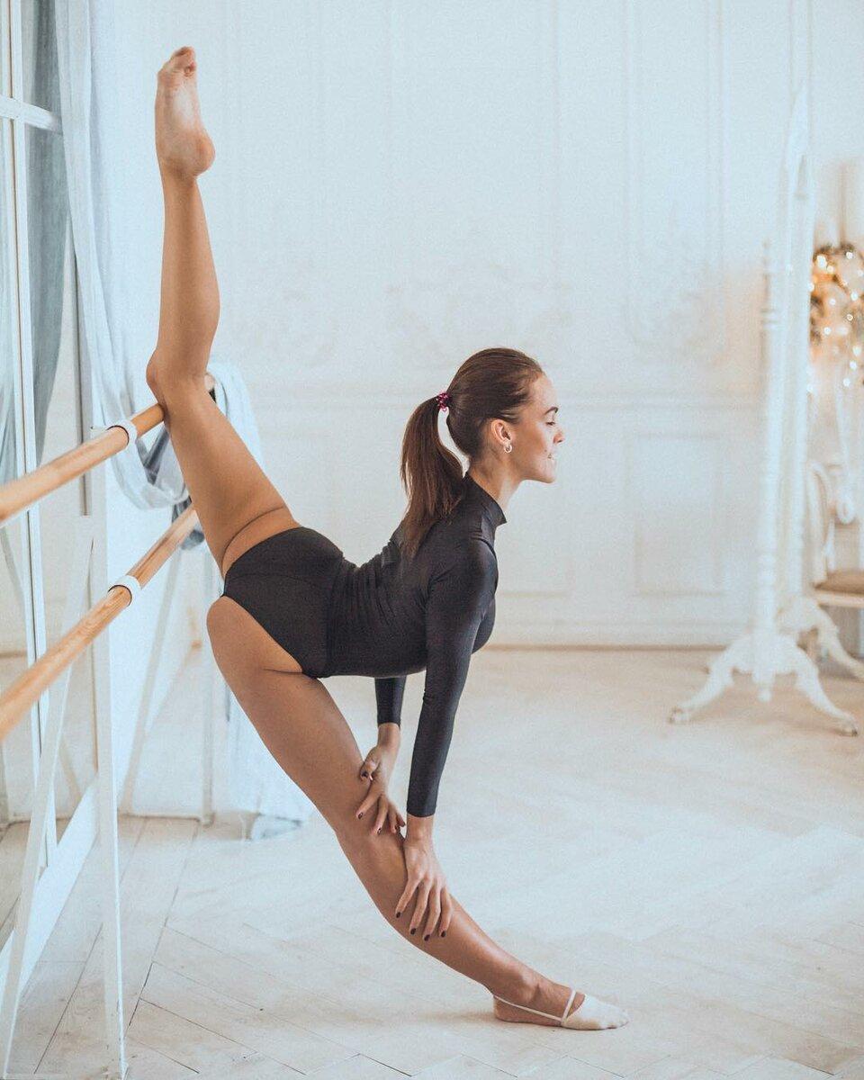 Правильный продольный шпагат – разминка, упражнения, польза, как научиться?