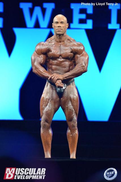 Как выглядит кевин леврони сейчас, олимпия 2016-2018 и возвращение. линейка спортивного питания от кевина леврона. протеины, гейнеры, креатин – в чем его секрет?