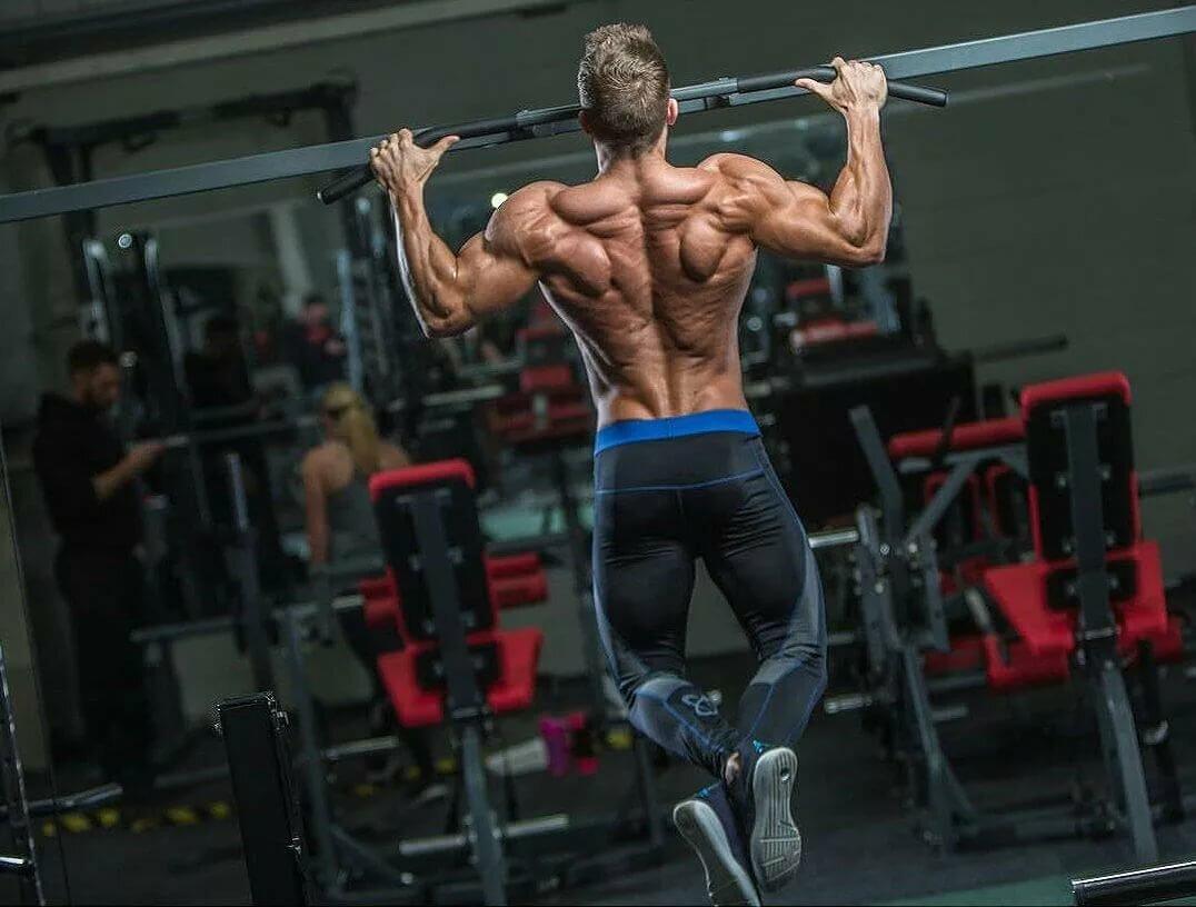 Как развить ширину спины