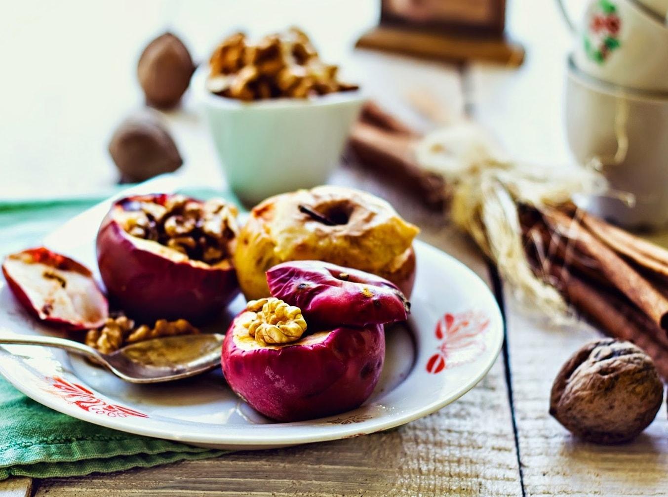 Самые вредные продукты питания для фигуры: список, описание. вред сладкого для фигуры. какие фрукты приносят вред фигуре?