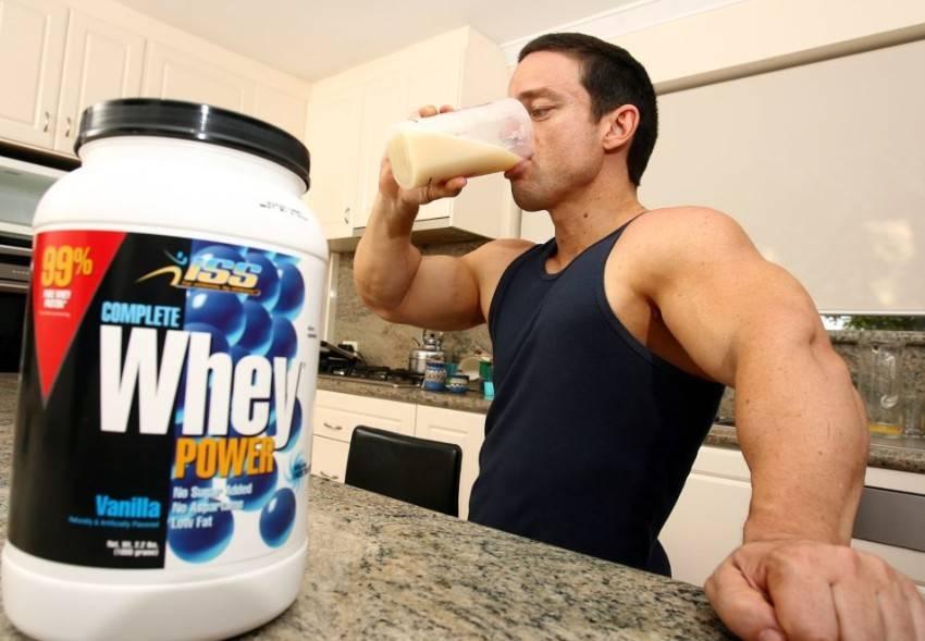 Протеины для роста мышц: какой подходит лучше всего и есть ли от него вред?