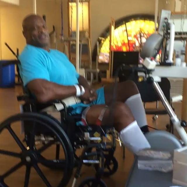Как сдулся сейчас ронни колеман: травмы,инвалидность,операци, последние фото. как сдулся сейчас ронни колеман: травмы,инвалидность,операци, последние фото ronnie coleman спортивное питание с какого года