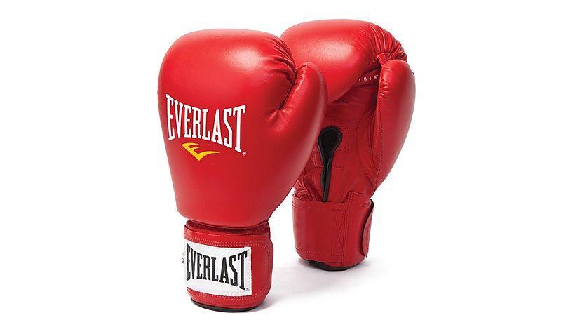 Как правильно выбрать боксерские перчатки по размеру и по весу