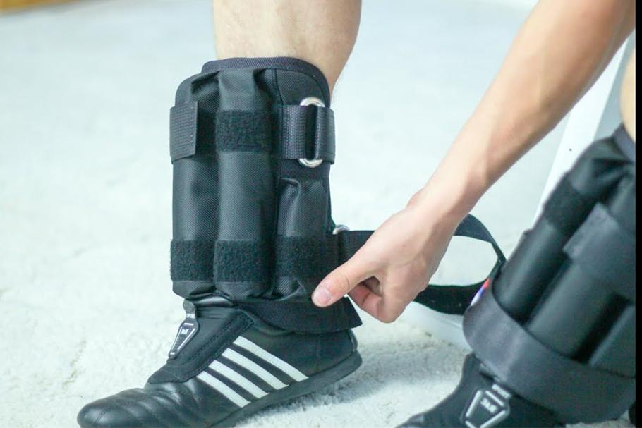 Как сделать базовые упражнения эффективнее с помощью утяжелителей для ног