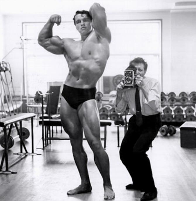 Домашняя тренировка из 1970-х от арнольда шварценеггера