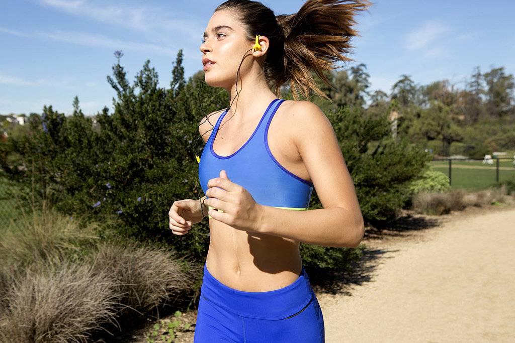Как заставить девушку бегать за тобой: как не нужно поступать — советы экспертов и психологов для мужчин