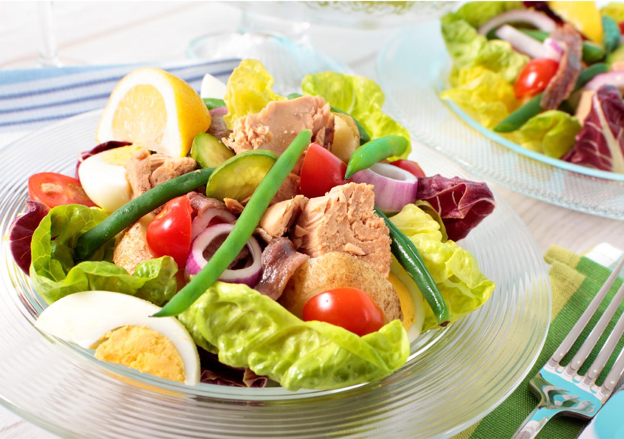 Топ 12 самых вкусных диетических салатов для похудения