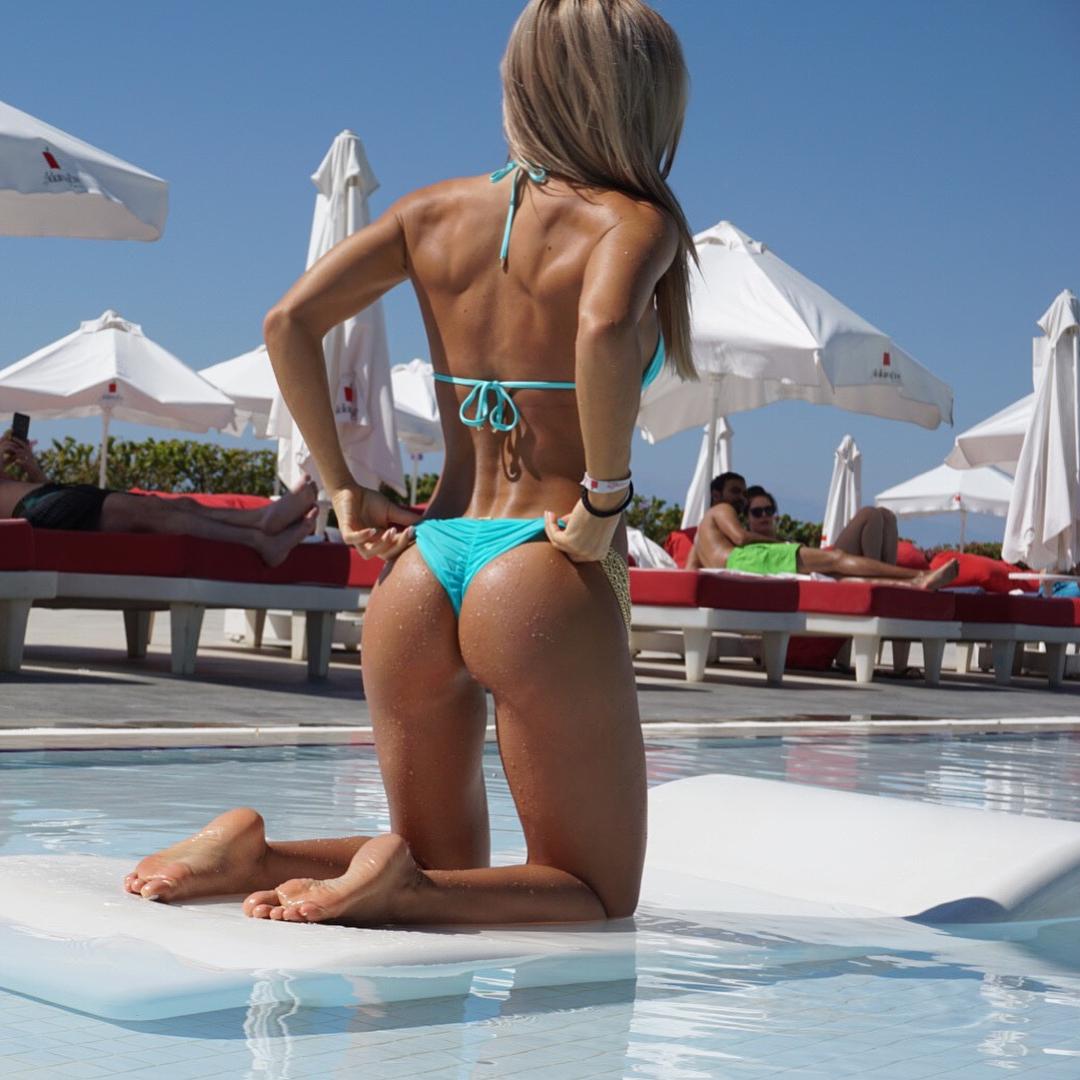 Фитнес-бикини. питание перед бикини - соревнованиями vs.