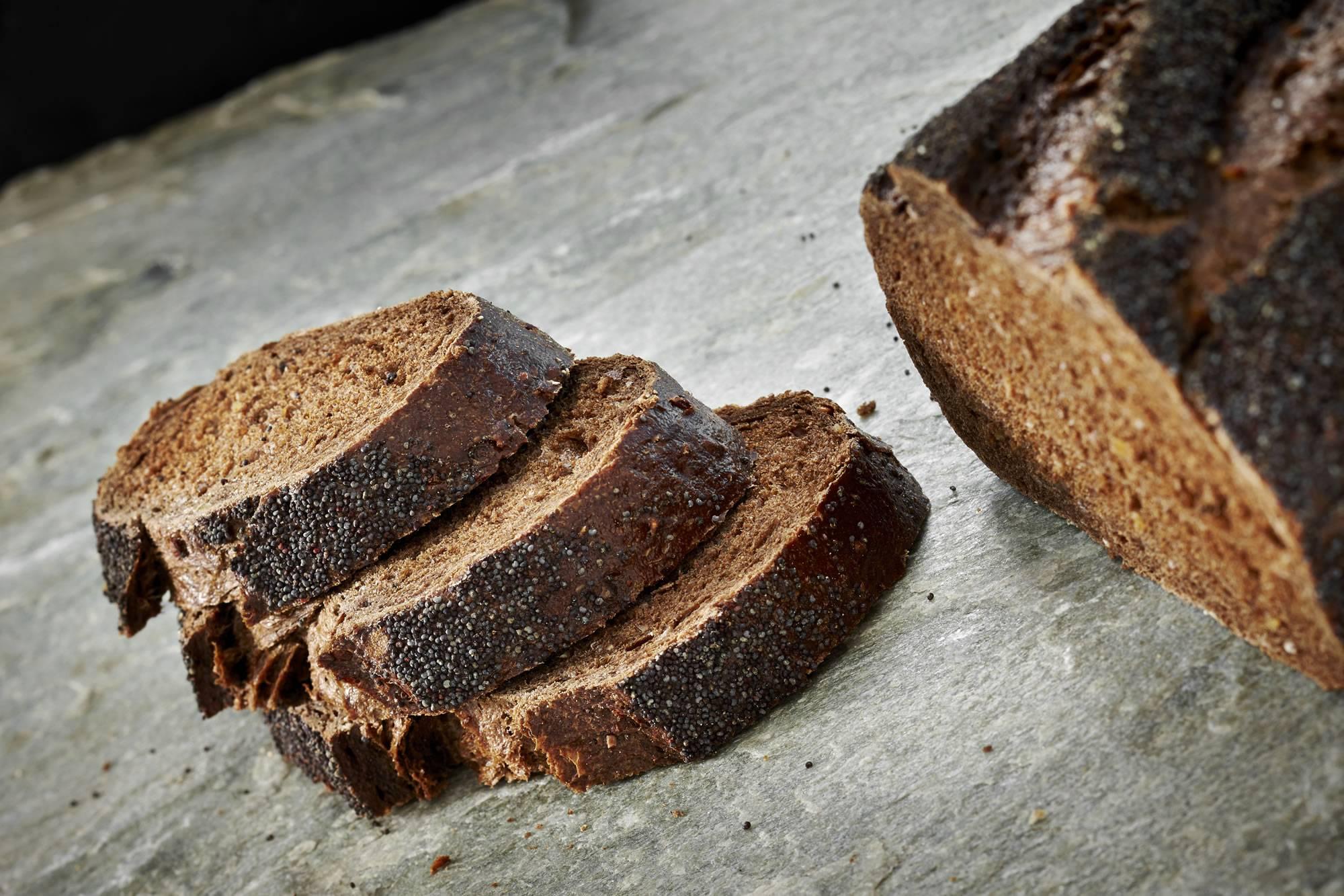 Чем полезен ржаной (черный) хлеб