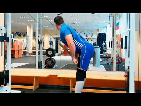 Пуловер с гантелью: правильная техника, работающие мышцы