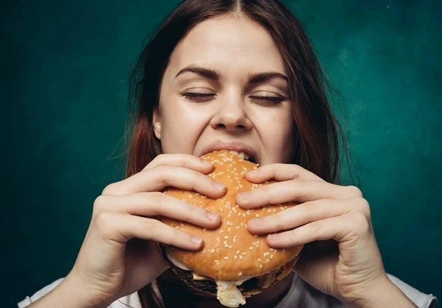 10 советов диетологов о том, как заставить себя не есть?