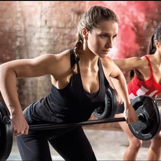 Женщины и тренировки в тренажерном зале: 8 мифов развенчаны!