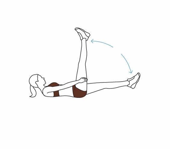 Перед сном полежите на спине, подняв ноги под углом 90 градусов. вы удивитесь, как это влияет на организм!