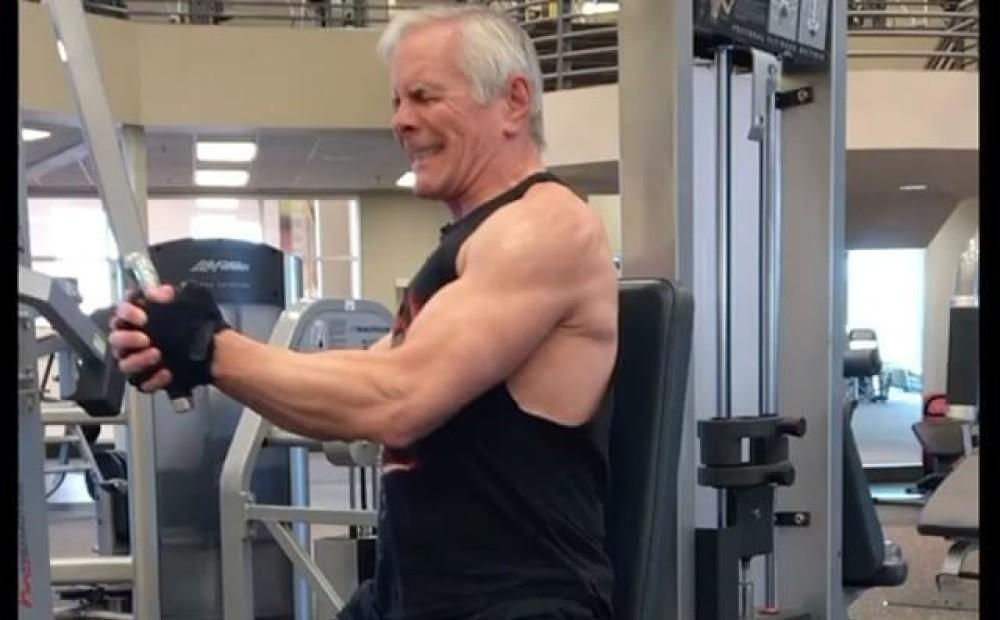 «в старости обвиснет?»: как выглядят бодибилдеры на пенсии — fitness guide