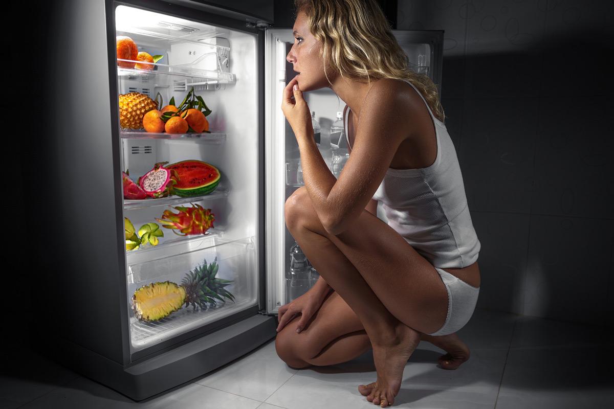 Можно ли кушать перед сном - ответы на главные вопросы