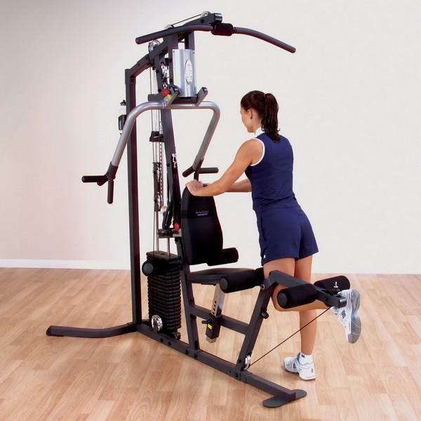 Какие упражнения для женщин в тренажерном зале лучше