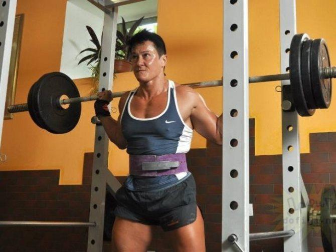 Фитнес-модели. топ самых горячих и успешных фитоняшек в мире. - наприседала