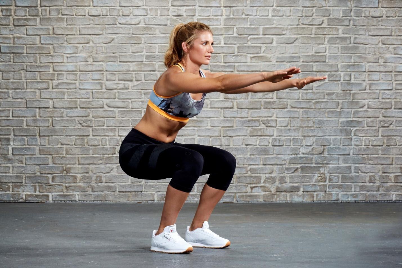 Польза приседаний: для, похудения, женщин, мужчин, чем полезны, виды, что такое, какие мышцы работают, как правильно, вред, начинающих, противопоказания
