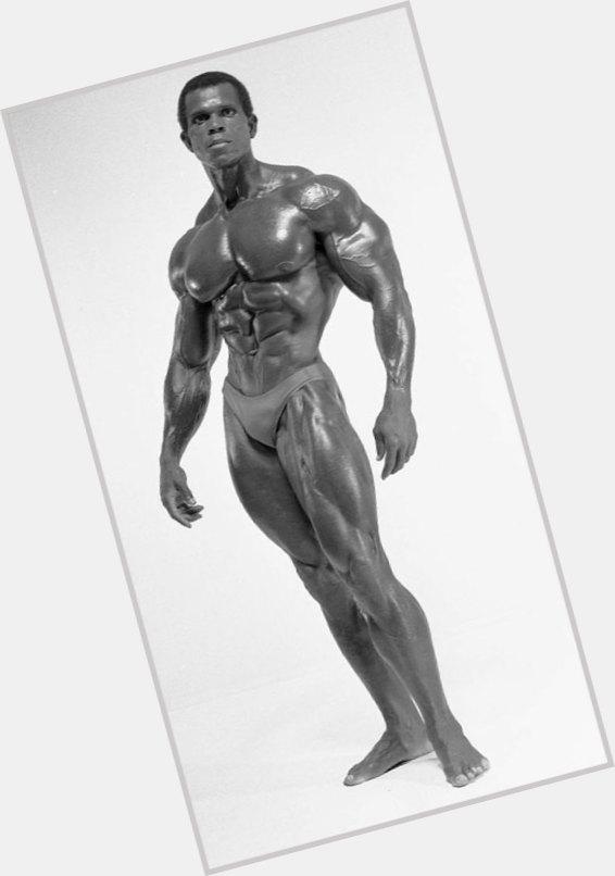 Серж нюбре serge nubret великий французкий атлетменс физик — пляжный бодибилдинг — men`s physique