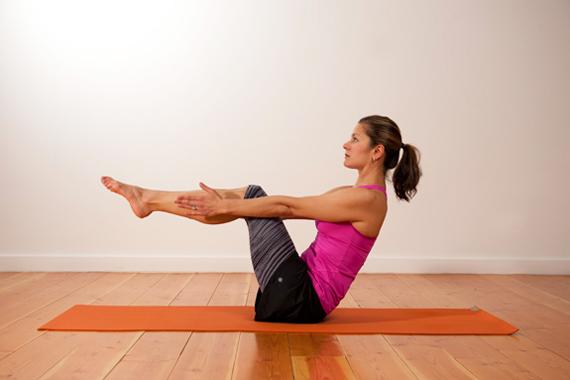 Укрепление всего тела: пурвотаннасана или поза перевернутой планки в практике йоги