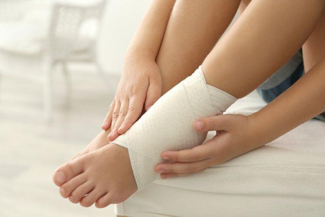 Отёки ног вызывают многочисленные заболевания и состояния