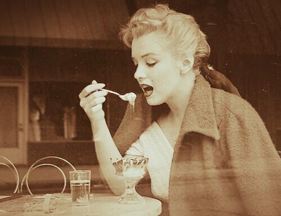 Знаменитости с безумными привычками в еде! вы никогда не догадаетесь о них!
