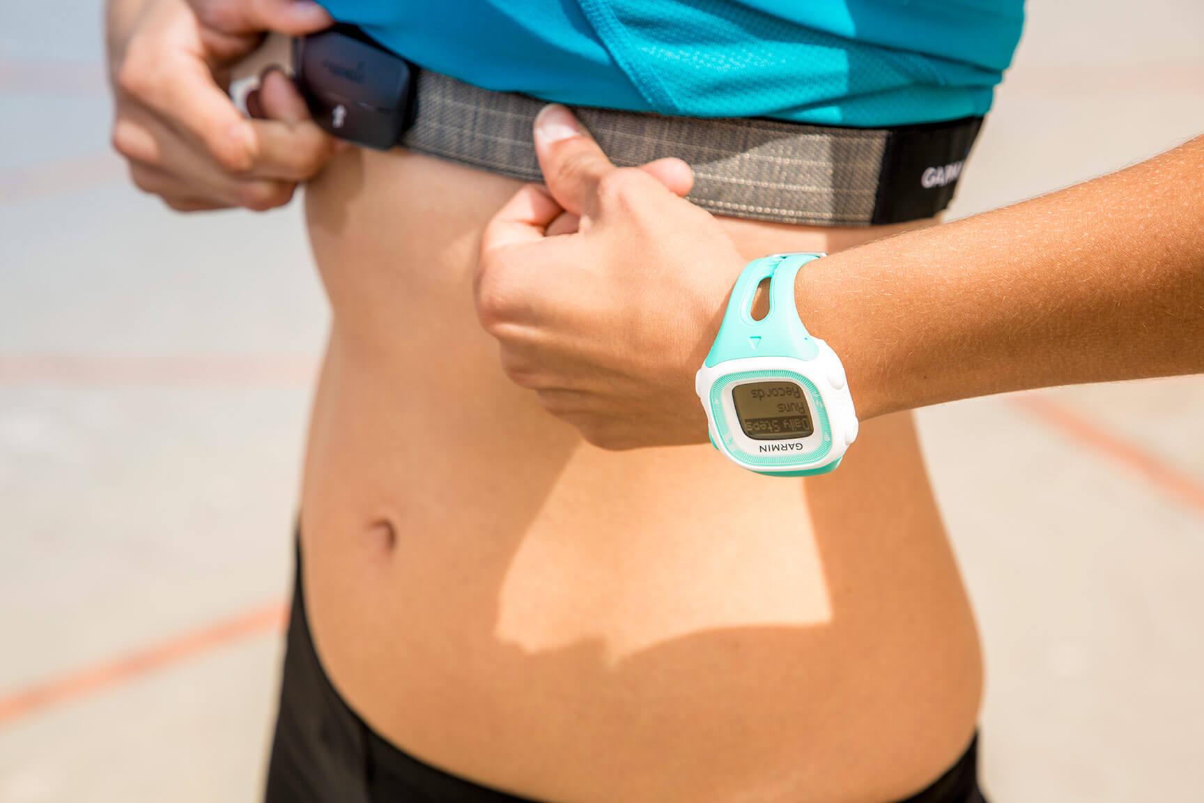 Фитнес-браслет с пульсометром и давлением — топ-10 лучших