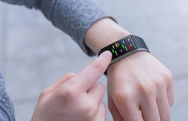 Фитнес-браслет с пульсометром и давлением: какой лучше купить, рейтинг 2019-2020