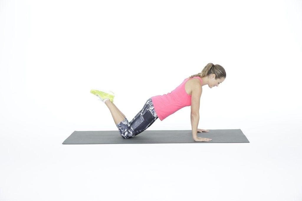 Подъем штанги на грудь: техника выполнения, какие мышцы работают