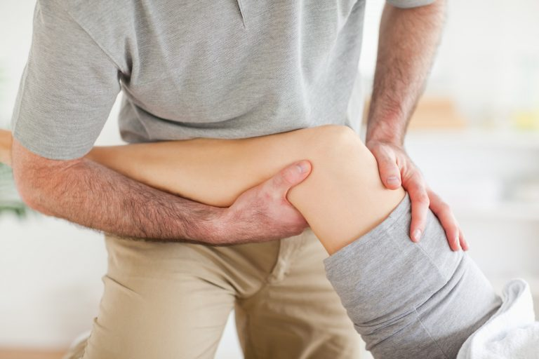 Болят суставы ног: заболевания, особенности и основные способы лечения