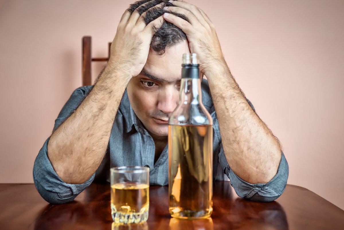 Почему люди пьют алкоголь: причины и психология алкоголизма