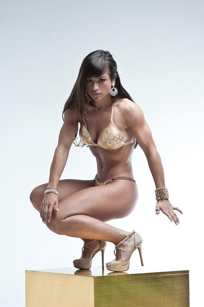 Ангела сагра – колумбийская грация и фитнес-модель