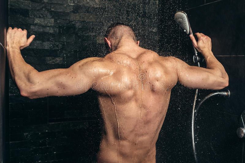 Можно ли после тренировки лежать в ванной?
