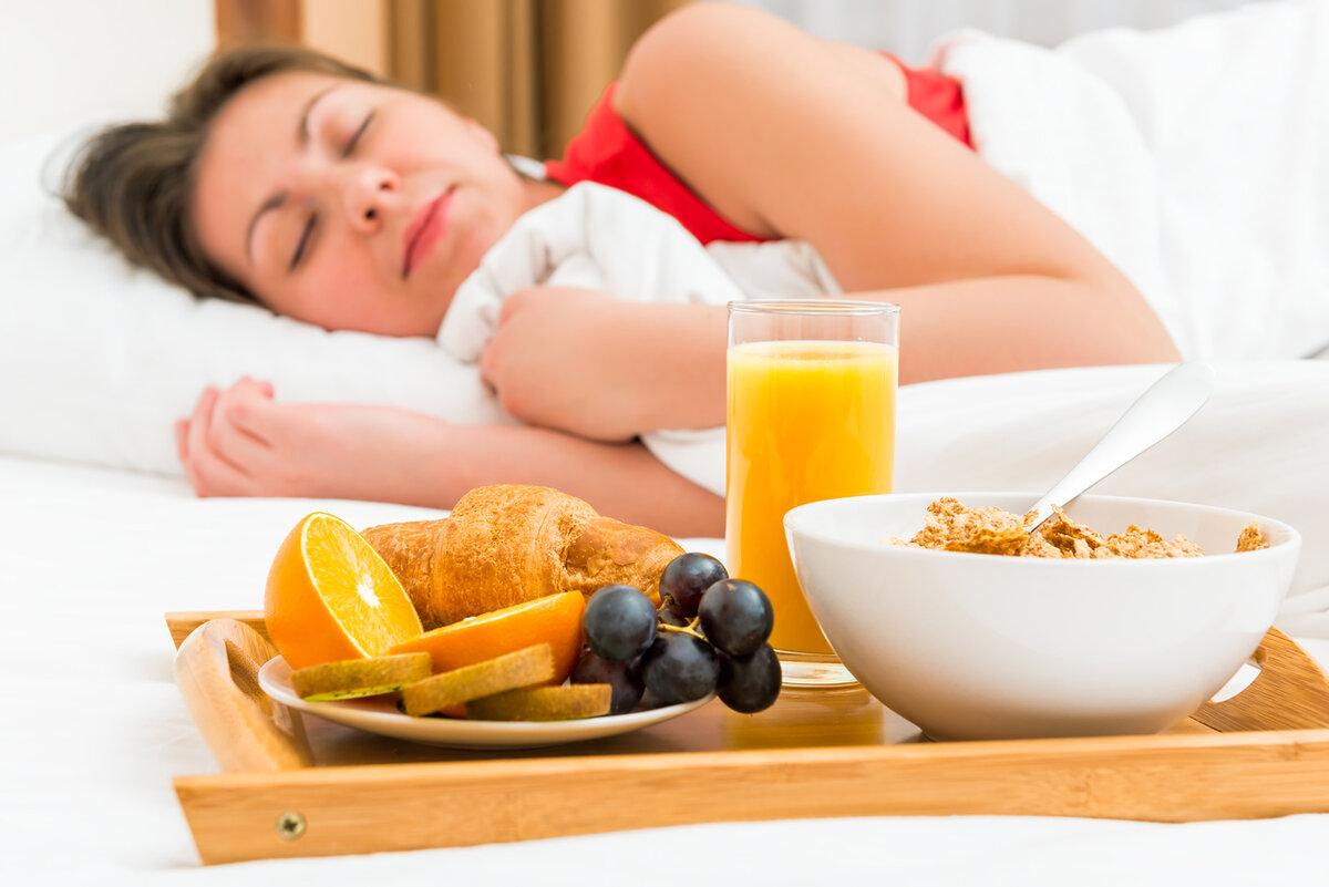 Правильное питание при бессоннице. полезные и опасные продукты при бессоннице