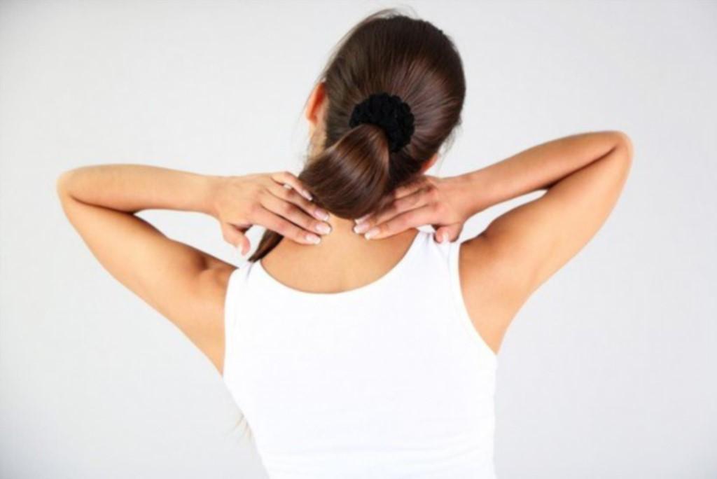 Отложение солей на шее, как лечить отложение солей в шее?