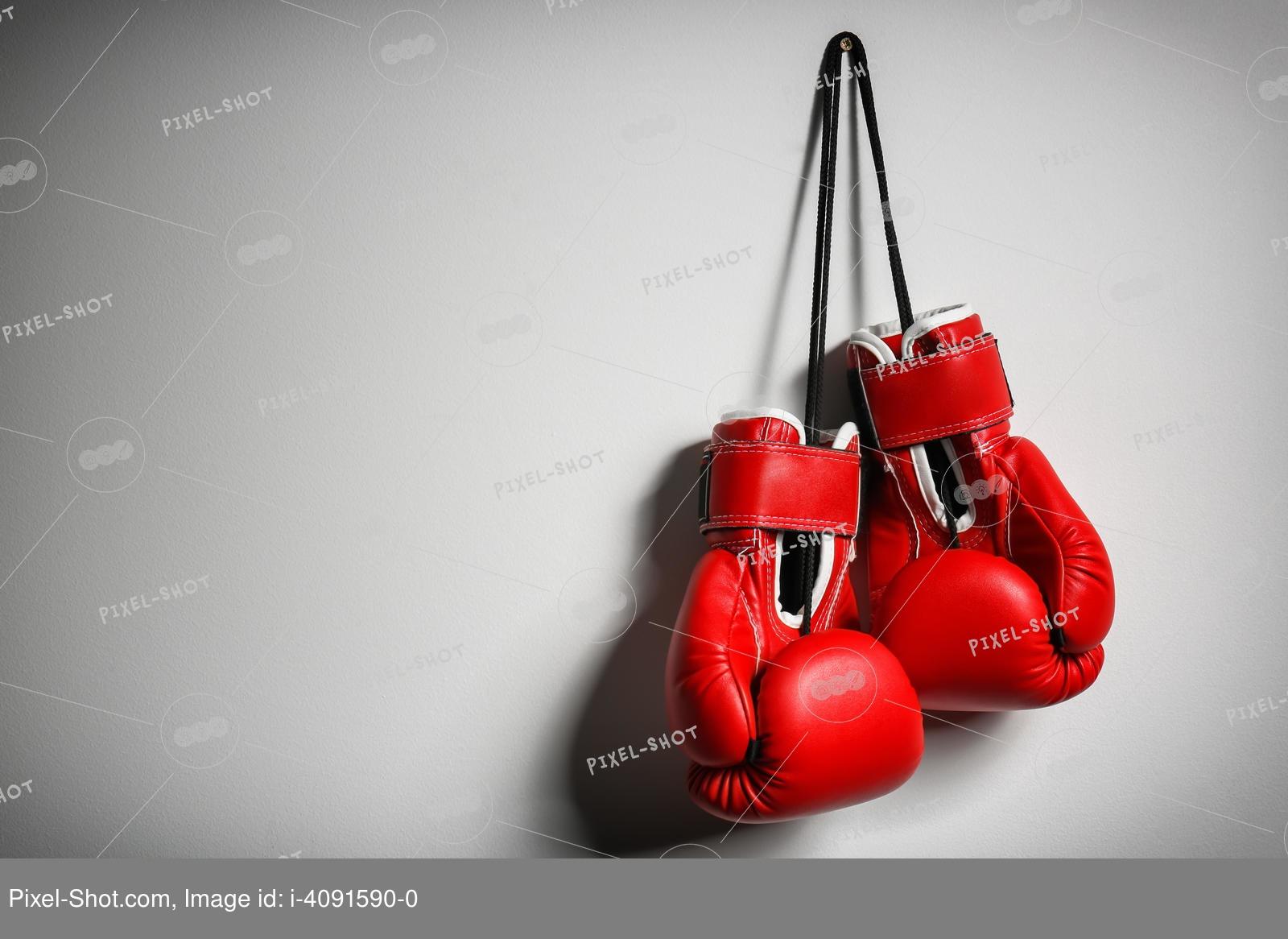 Чем отличаются снарядные перчатки от боксерских? различия во внешнем виде, размере, наполнителях, весе. особенности каждого вида.