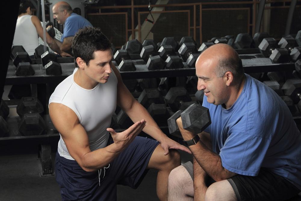 В чем пойти в спортзал. что взять в фитнес клуб.