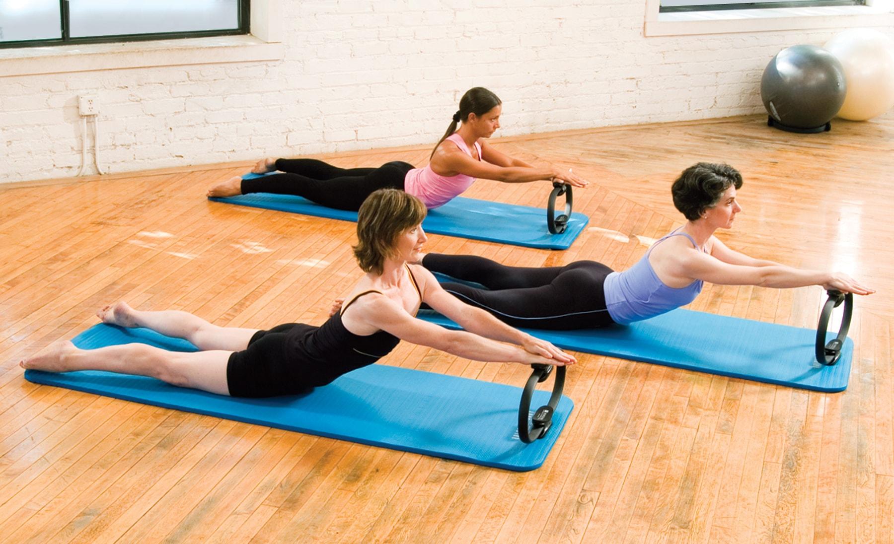 Инвентарь для фитнеса: разновидности и польза тренировок со снарядами