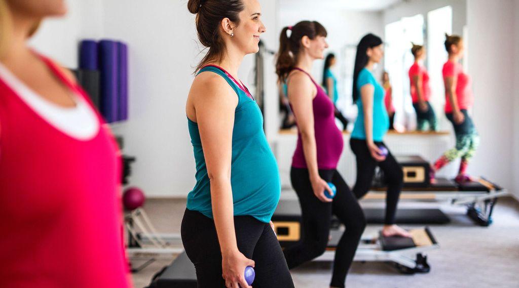 Можно ли заниматься спортом во время беременности: 11 видов и занятия по триместрам