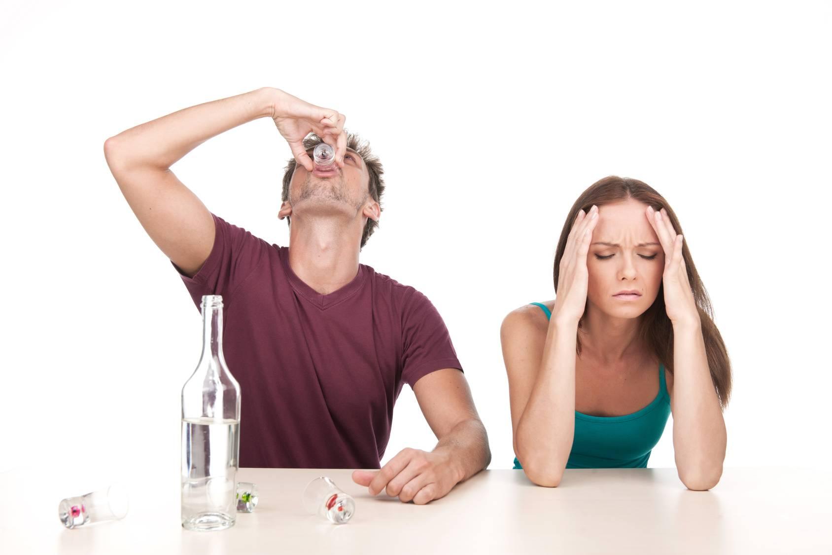 Почему у пьющих людей наблюдаются проблемы с костями