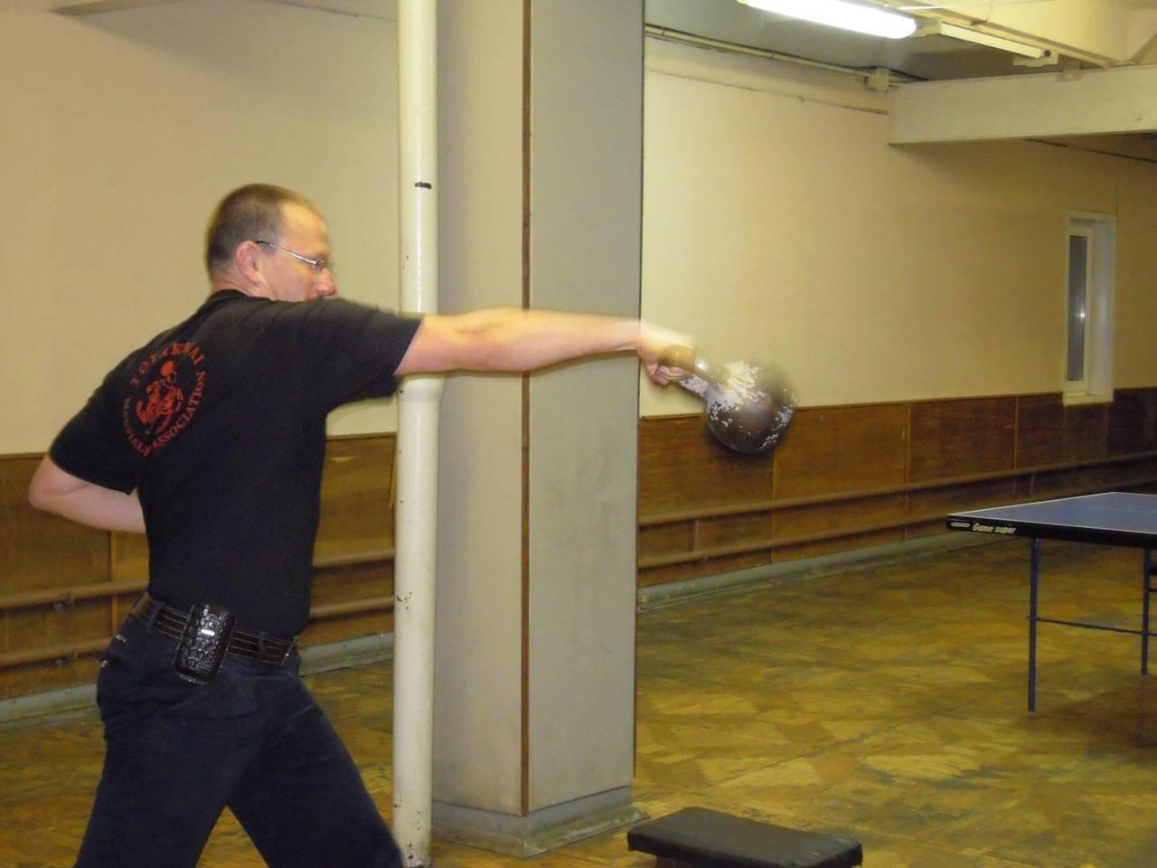 Самые эффективные упражнения для сильного и быстрого удара кулаком