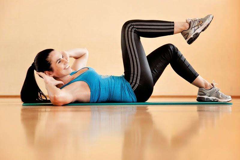 Как уменьшить объем бедер и ягодиц за короткий срок: самые эффективные упражнения в домашних условиях