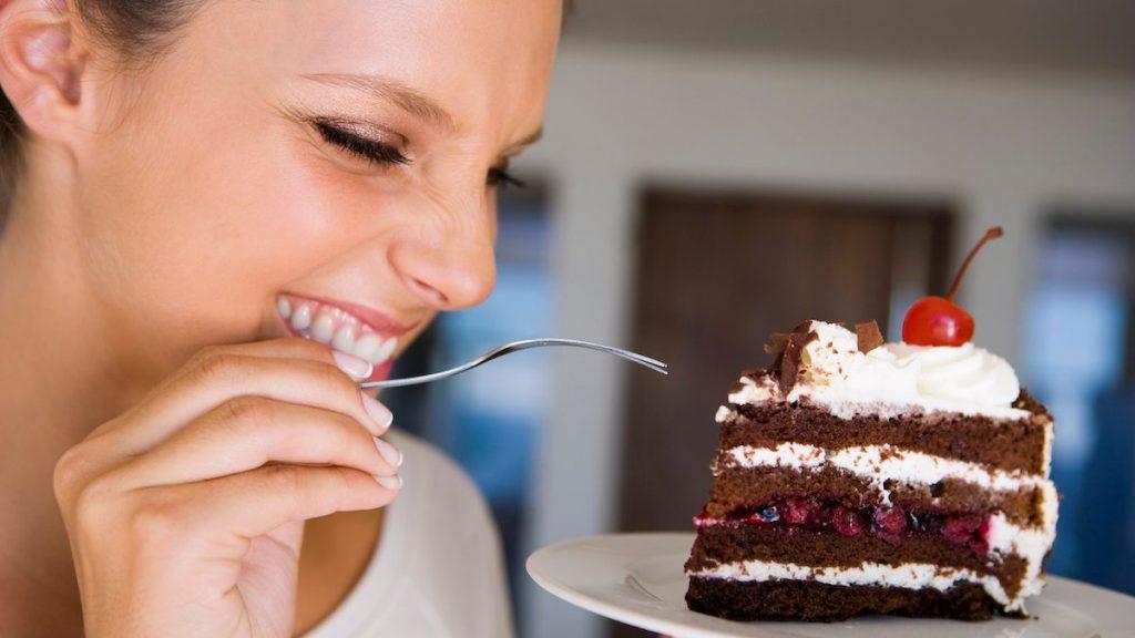 Как не переедать вечером - причины переедания
