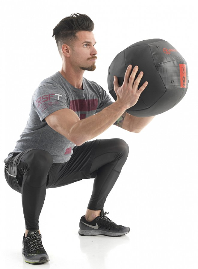Лучшие упражнения с медболом для всего тела