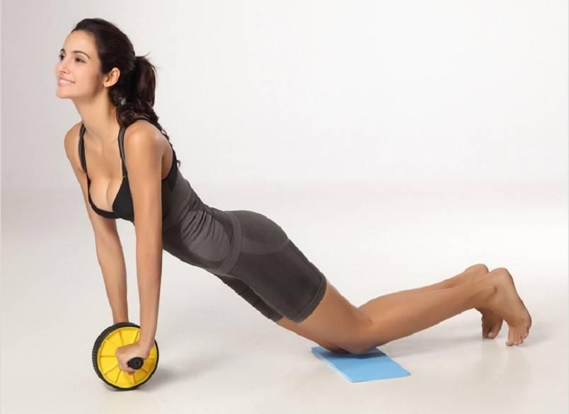 Упражнения с роликом для пресса: для мужчин и женщин